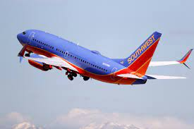 Southwest reverses itself, scraps plan to put unvaccinated employees on unpaid leave